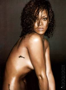 Rihanna Esquire's Sexiest Woman Alive 2011 Photos - 005