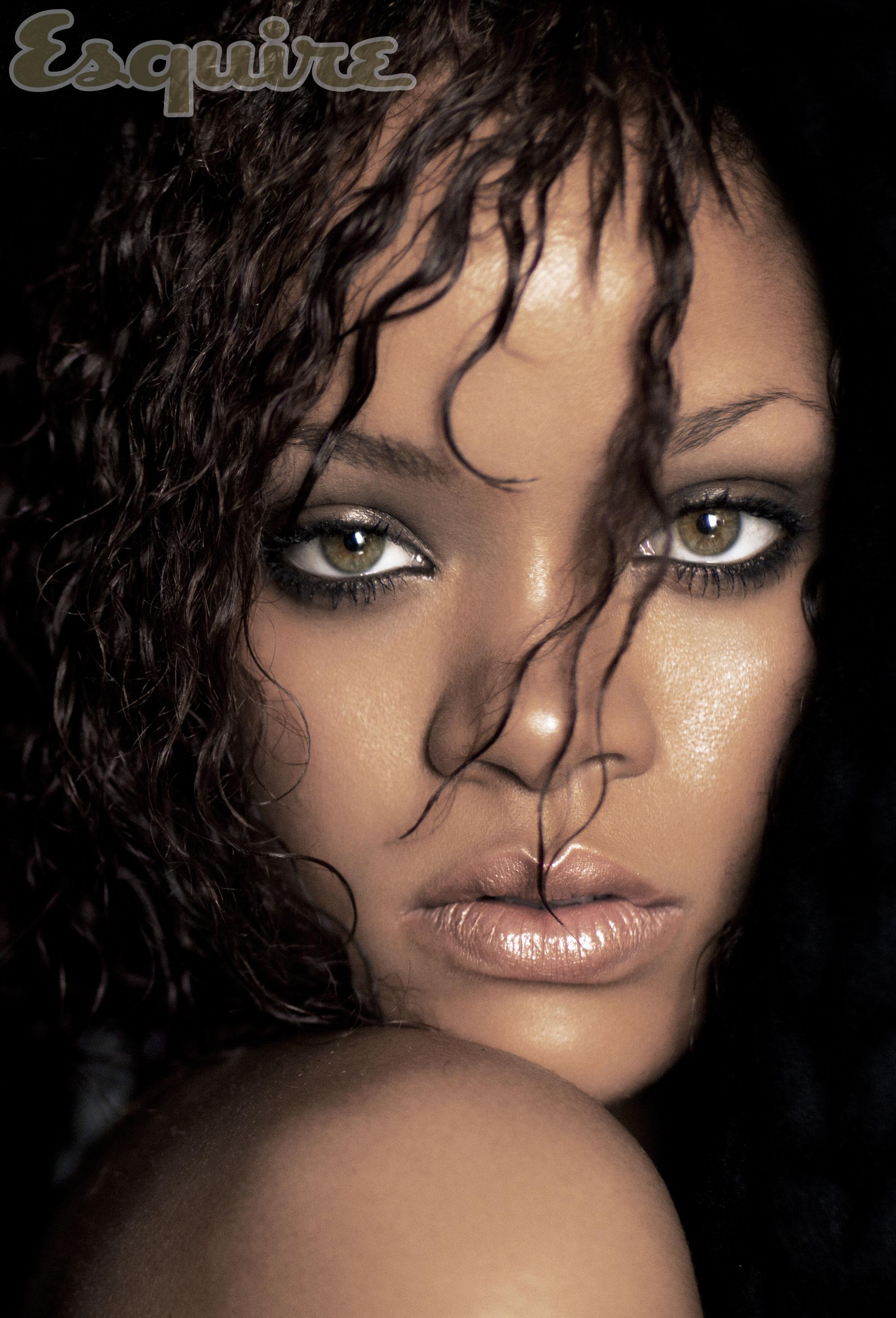 Nude Rihanna 11