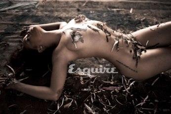 Rihanna Esquire's Sexiest Woman Alive 2011 Photos - 009