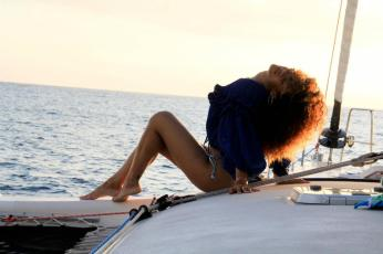 Rihanna Posts Sexy Photos of Herself Topless in Hawaii 21