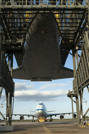 Space Shuttle Discovery_006