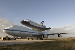 Space Shuttle Discovery_009