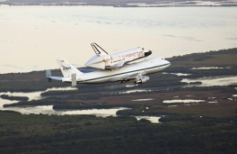 Space Shuttle Discovery_010