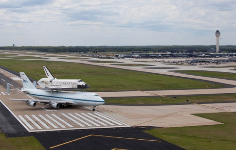 Space Shuttle Discovery_014