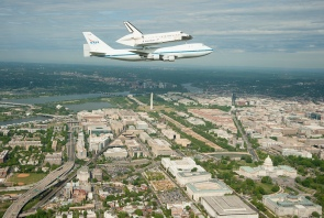 Space Shuttle Discovery_019