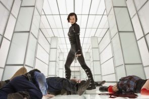 Chat Live with Milla Jovoich as she premieres 'Resident Evil- Retribution' Trailer 004