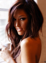 Erin McNaught Does Nude Maxim Shoot For 30th Birthday 011