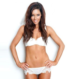 Erin McNaught Does Nude Maxim Shoot For 30th Birthday 018