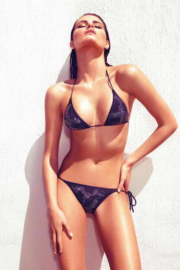 Isabeli Fontana Morena Rosa Swimwear Photoshoot 001