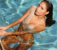 Nicole-Scherzingers-Foxiness-For-Australian-Maxim-[Photos]-pool