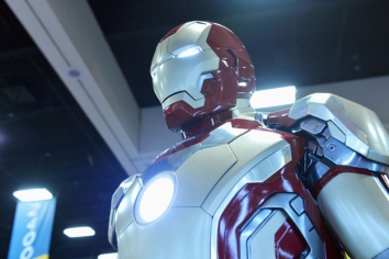First Look at Iron Man 3 Armour Comic Con 2012 Photos 02