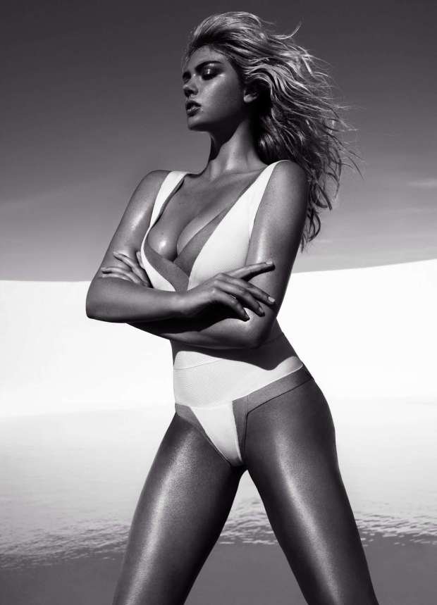 Kate Upton Swimsuit Photoshoot for Vogue Magazine Spain July 2012 Photos Hi Res - 006