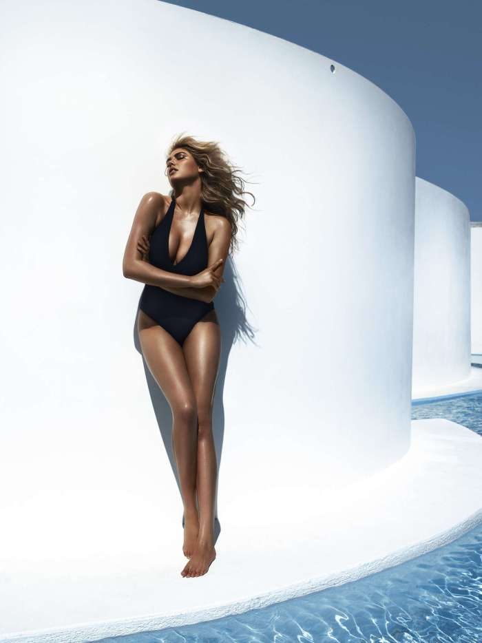 Kate Upton Swimsuit Photoshoot for Vogue Magazine Spain July 2012 Photos Hi Res - 007