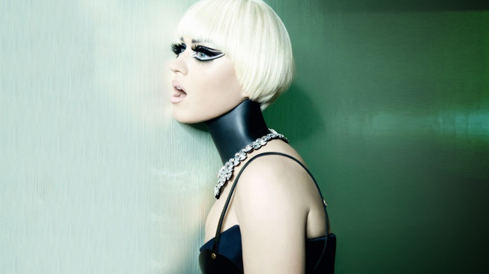 Katy-Perry-Vogue-Magazine-Italia-July-2012-[Photos]-feat