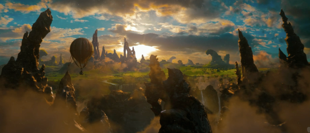 Oz The Great and Powerful Teaser Photos Hi Res - 001