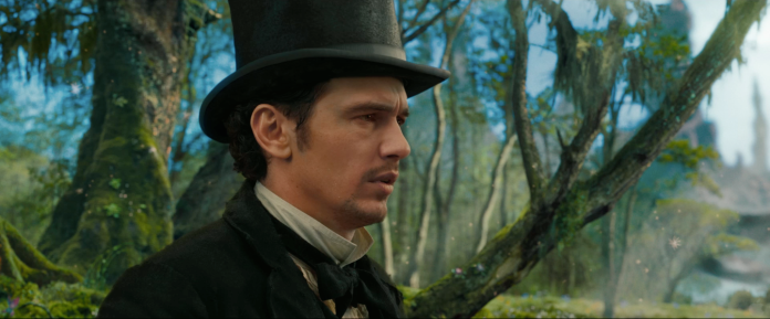 Oz The Great and Powerful Teaser Photos Hi Res - 004