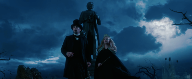 Oz The Great and Powerful Teaser Photos Hi Res - 023