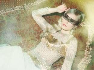 Kristen Bell Covers Zooey Magazine September 2012 [Photos] - 008