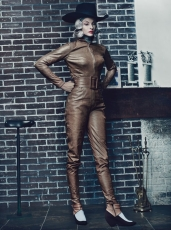 Linda Evangelista for W Magazine September 2012 [Photos] - 011