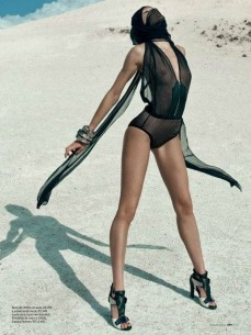 Candice Swanepoel Elle Brazil Magazine September 2012 [Photos] 003