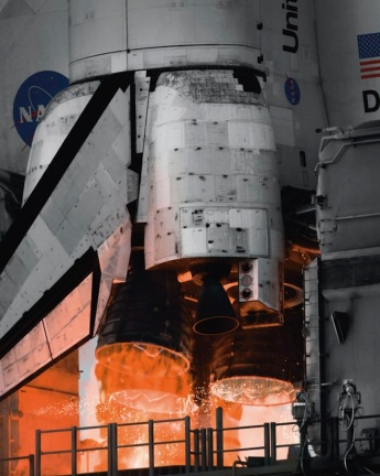 Inspiring Photos Of The American Space Shuttle Program [Photos] - 012