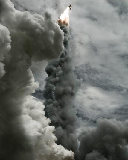 Inspiring Photos Of The American Space Shuttle Program [Photos] - 014