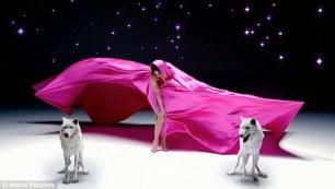 Jennifer Lopez - Goin' In ft. Flo Rida [Music Video] - 003