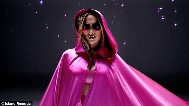 Jennifer Lopez - Goin' In ft. Flo Rida [Music Video] - 005