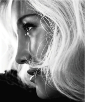 Kate Hudson Harper's Bazaar US October 2012 Photos - 003