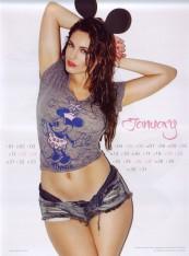 Kelly Brook Sexy Official 2013 Calendar [Photos] - 002