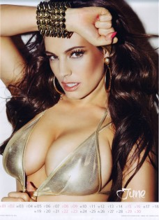 Kelly Brook Sexy Official 2013 Calendar [Photos] - 007