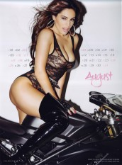 Kelly Brook Sexy Official 2013 Calendar [Photos] - 009