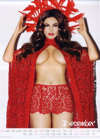 Kelly Brook Sexy Official 2013 Calendar [Photos] - 013