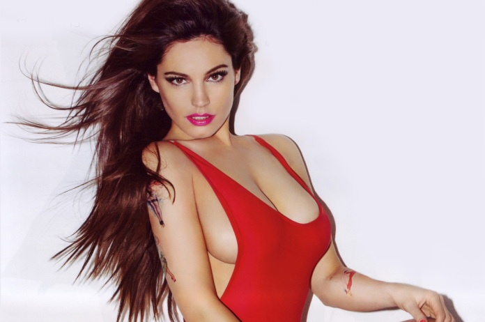 Kelly-Brook-Sexy-Official-2013-Calendar-[Photos]---014