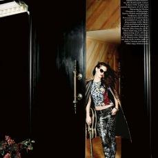 Kristen Stewart Vogue UK October 2012 [Photos] - 005
