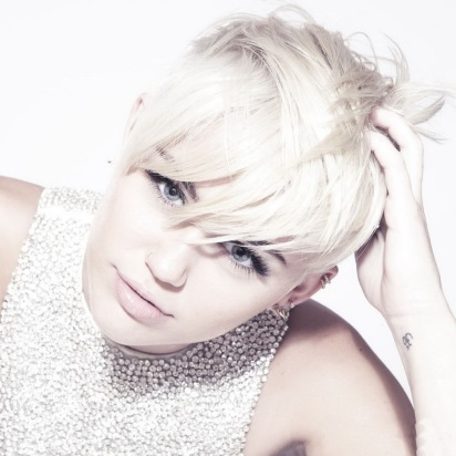 Miley Cyrus in New Photoshoot for MileyCyrus.Com [Photos] - 015