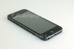 rumoured-iPhone-5-Prototype-photo-leaks-1