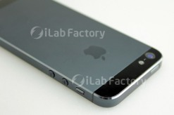 rumoured-iPhone-5-Prototype-photo-leaks-2