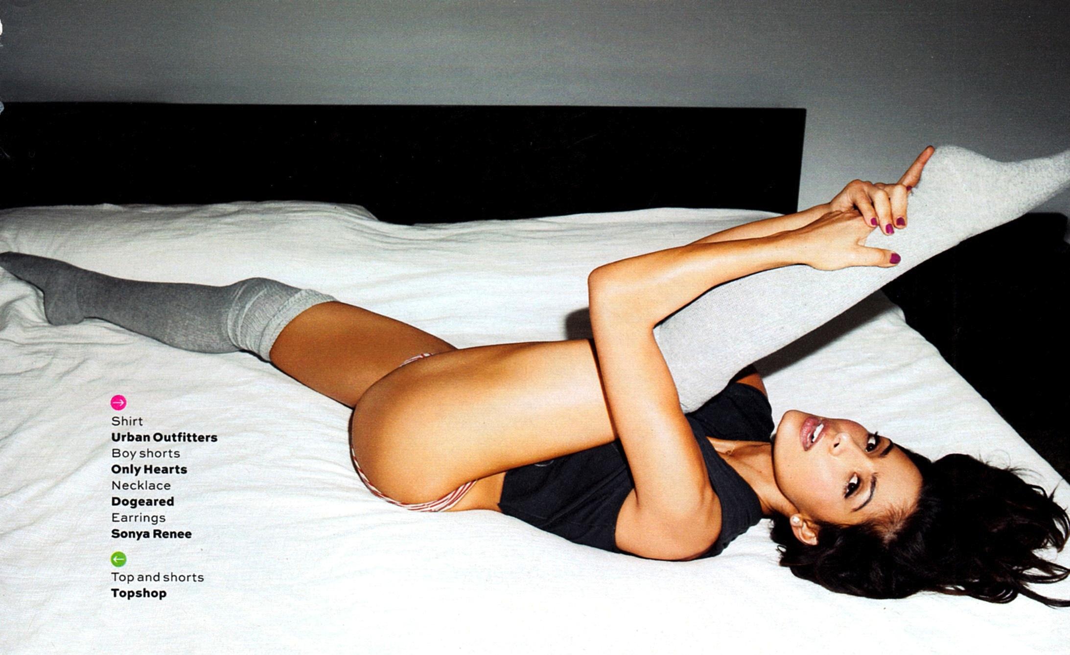 sarah shahi maxim magazine usa october 2012 photos