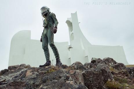 The Pilot's Melancholy Amazing [Photos] - 001