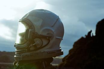 The Pilot's Melancholy Amazing [Photos] - 021