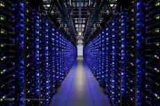Amazing Photos from inside Google Data Centre, Plus Street View [Photos] 004