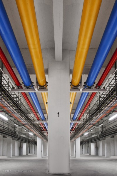 Amazing Photos from inside Google Data Centre, Plus Street View [Photos] 018
