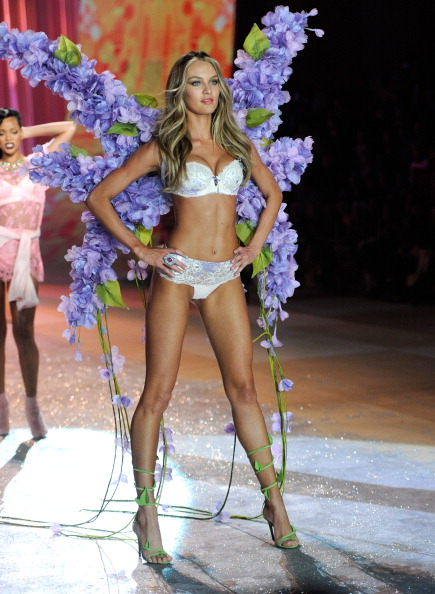 Candice Swanepoel 2012 Victoria's Secret Fashion Show [Photos] 016