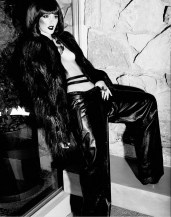 Leighton Meester - Flaunt Magazine November 2012 [Photos] 004