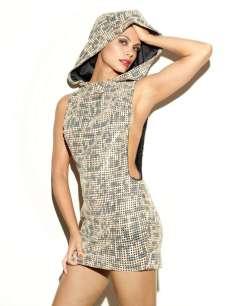 Morena Baccarin - You Magazine Photoshoot December 2012 [Photos] 001