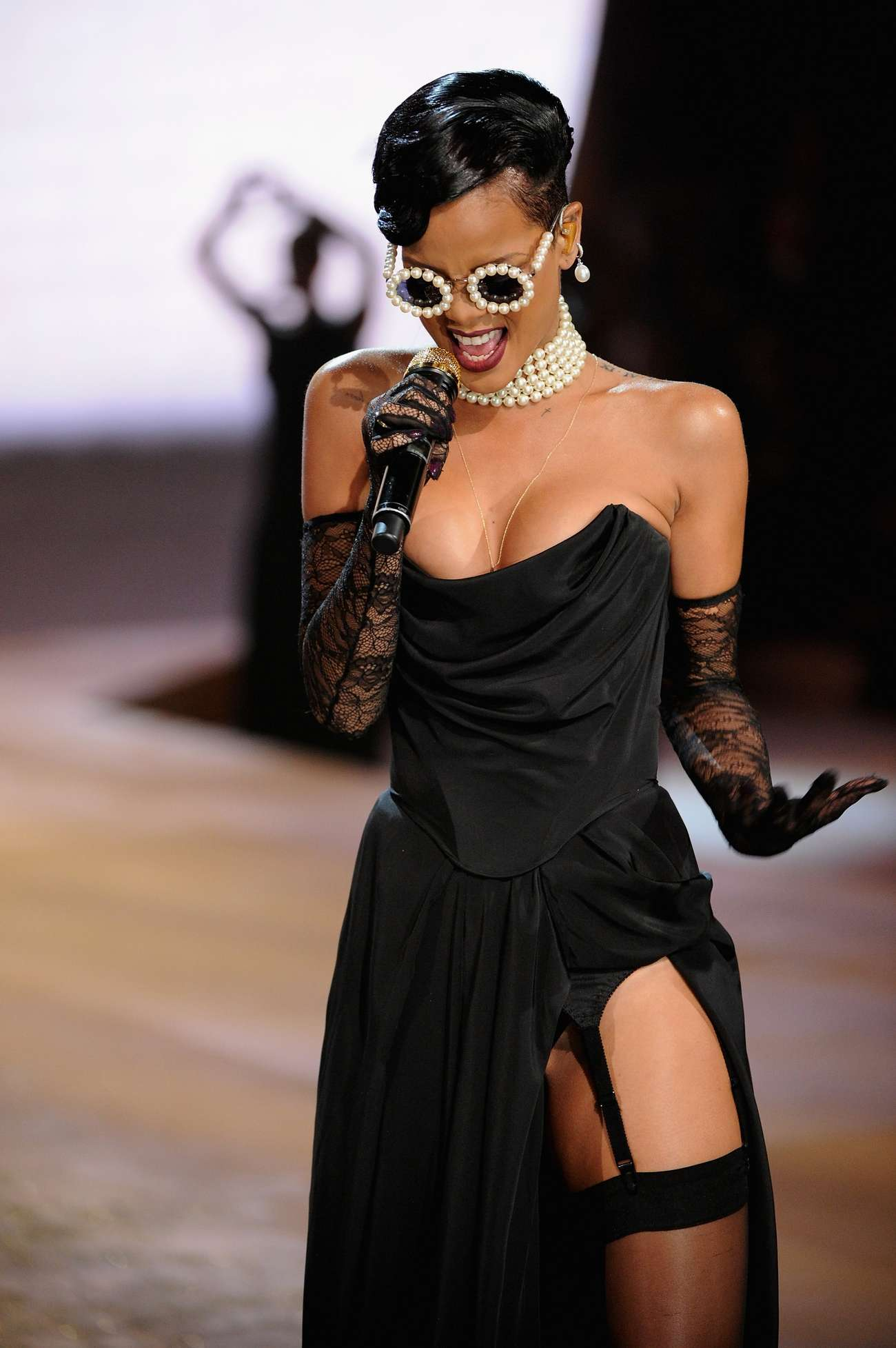 Rihanna Victoria S Secret Fashion Show