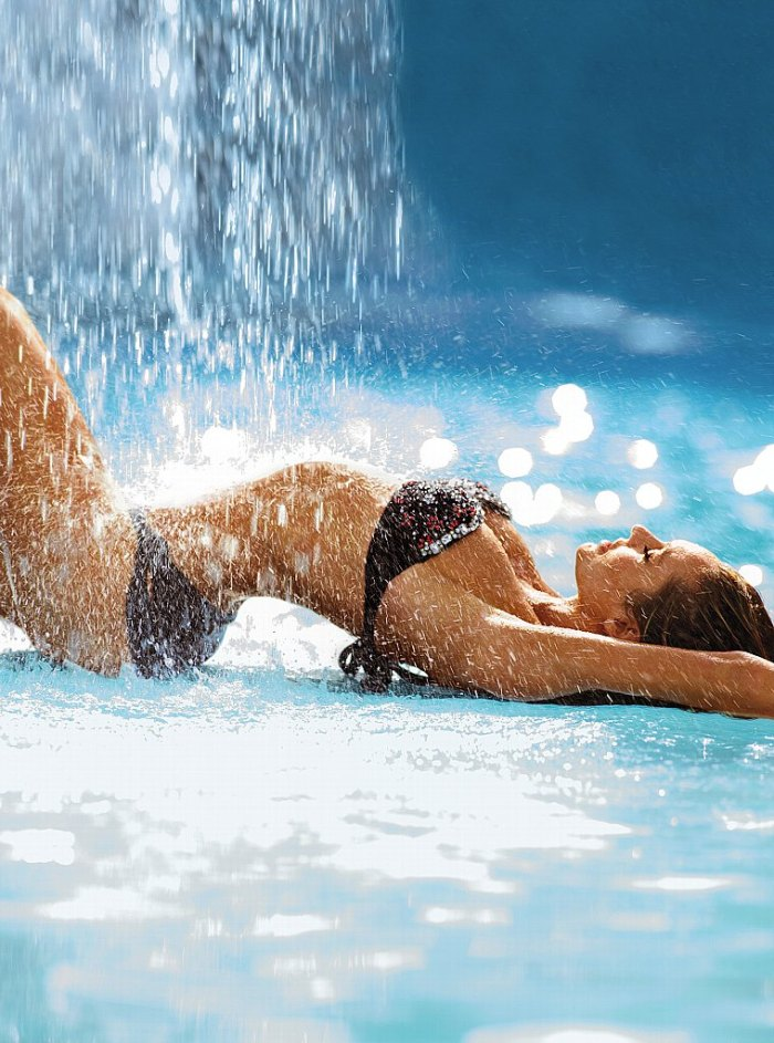 Candice Swanepoel Victoria's Secret Swim 2013 012