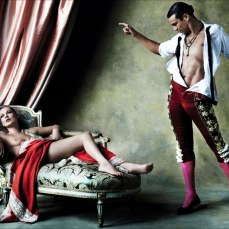 Kate Moss by Mario Testino for Vogue Spain [Photos] 010