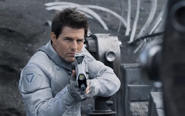 Oblivion Trailer Tom Cruise in a Science Fiction Epic [Movie Trailer]